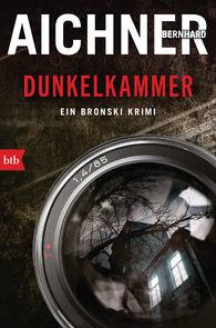 Bernhard  Aichner - Dark Room
